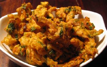 Welcome the monsoons with pakoras!