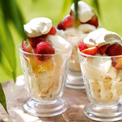 7. Fresh Fruit Sundae